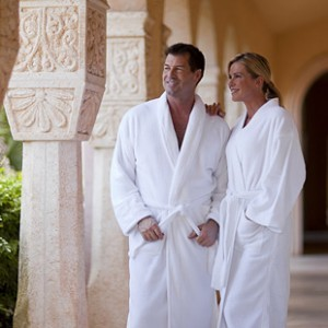 Difference Between A Cotton Bathrobe And A Terry Bathrobe
