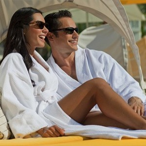 Best Price on Customized Terry Cloth Bathrobes for Country Clubs in the US