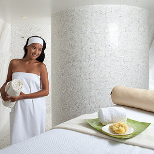 Top 8 Amenities and Accessories for Your Luxury Spa