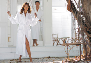 How to Find the Perfect Bathrobe Length