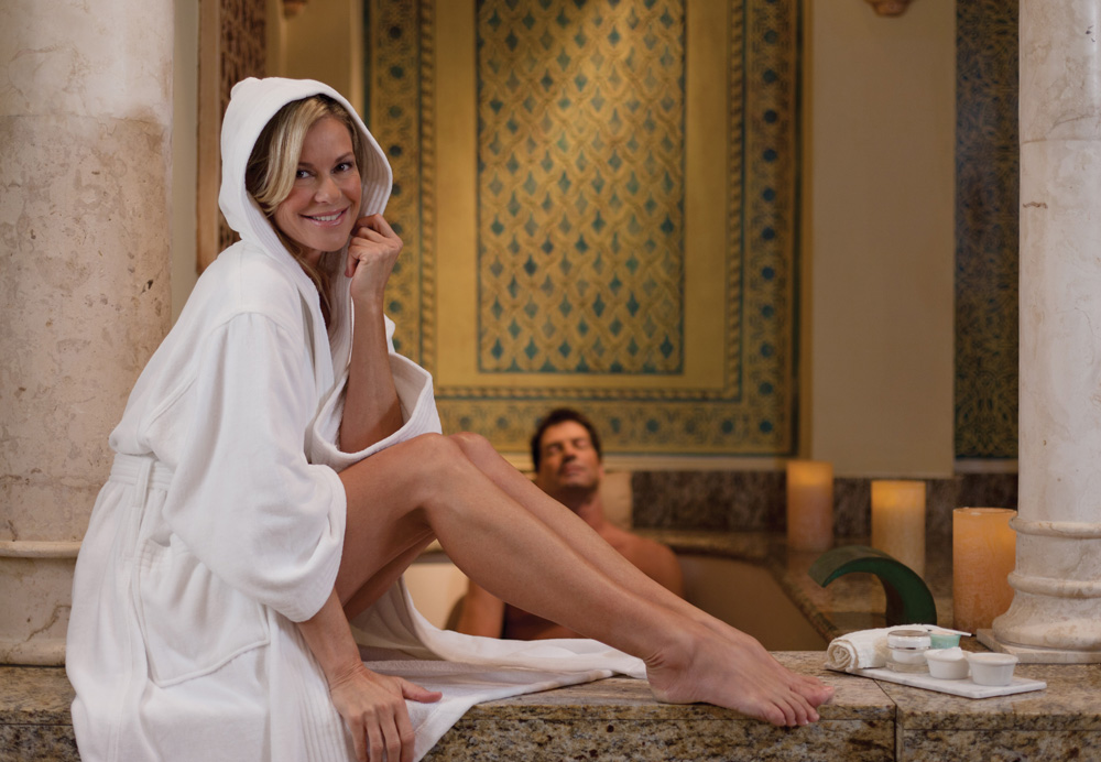The Differences Between Organic and Regular Cotton Bathrobes