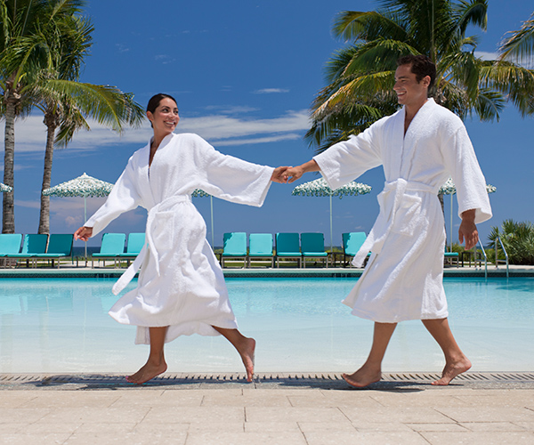 Luxury Bathrobes for Your Hotel's Pool Area